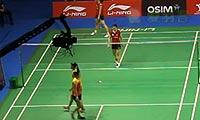 松友美佐纪/高桥礼华VS皮娅/普拉蒂普塔 2013新加坡公开赛 女双半决赛视频