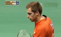 伊万诺夫VS斯里坎特 2013印度羽毛球联赛 男单半决赛视频