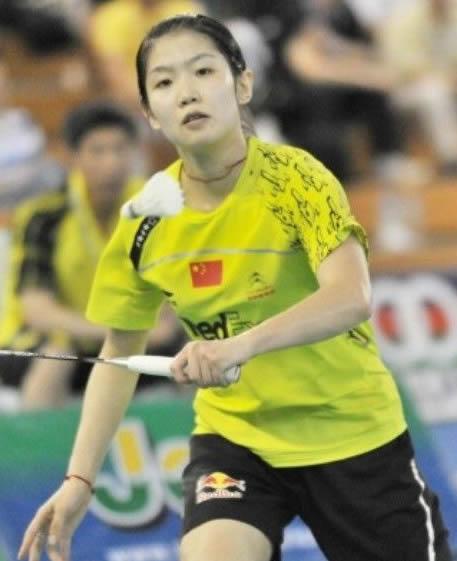 骆赢 LUO Ying