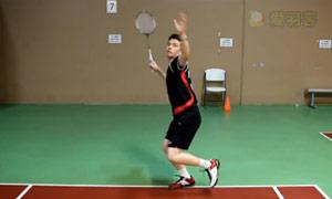 初学者后场蹬转起跳击球训练