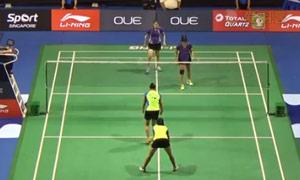 皮娅/普拉蒂普塔VS加德雷/瑞迪 2015新加坡公开赛 女双1/16决赛视频