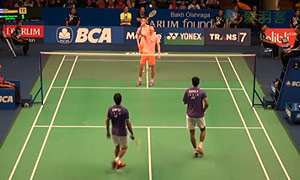 柴飚/洪炜VS乔普拉/迪瓦卡 2015印尼公开赛 男双1/8决赛视频