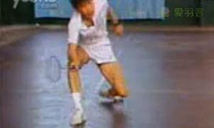 你能这样练习快速步法吗?羽毛球步法练习