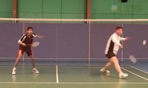 双打反手网前挑球步法