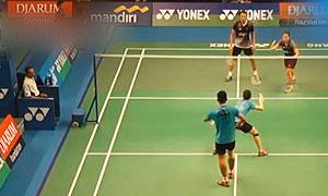 李俊慧/黄东萍VS艾菲/玛西塔 2015印尼大师赛 混双1/4决赛视频