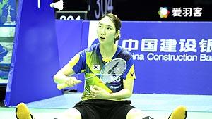 尤杯决赛丨李雪芮打崩了成池铉