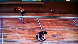 单打比赛中两人同时抽筋,这到底算谁赢啊?