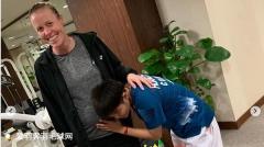 """鸭哥闺蜜黄东萍竟然""""偷听""""尤尔的小北鼻说话!"""
