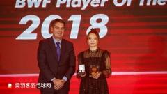 黄雅琼荣获年度最佳女运动员,小黄人蝉联最佳男选手
