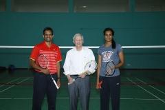 辛德胡与美国驻印度大使打羽毛球