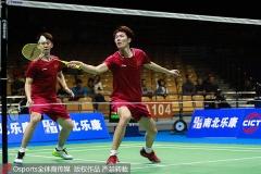 刘雨辰:这对日本组合很耐心,擅长用跑动来限制?#32422;?#30340;进攻