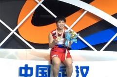山口茜:力压3位中国选手夺冠很自豪