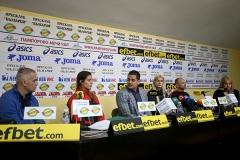 斯托伊娃姐妹召開新聞發布會,狀告保加利亞羽協違法