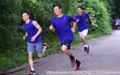 日本隊公開訓練,6公里山路西本拳太率先沖過終點