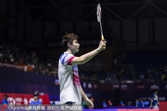 黄宇翔连得12分神奇逆转,石宇奇带伤上场输球丨中公赛首轮
