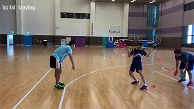 揭秘小戴日常趣味练习,提高追身球反应能力
