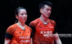 雅思黄鸭速胜 何济霆/杜玥出局丨印尼大师赛首轮DAY1