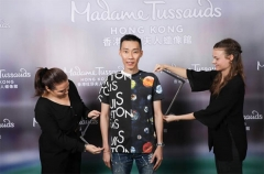 李宗伟进驻香港杜莎夫人蜡像馆 成马来西亚第2人