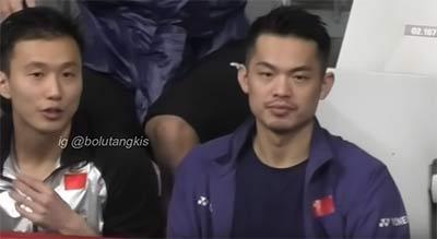 球员在比赛看台一般干什么?球迷偷拍林丹安赛龙等球星