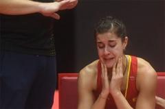 """裁判腰疼祈祷比赛快结束 马琳""""应声""""韧带撕裂被抬下场"""