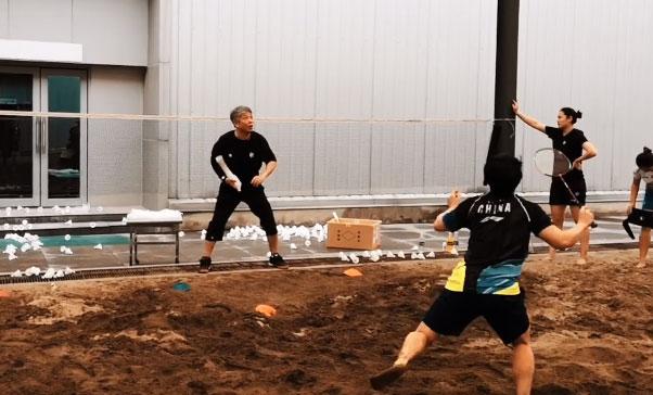 国羽女双沙坑训练来了!你能坚持几分钟?