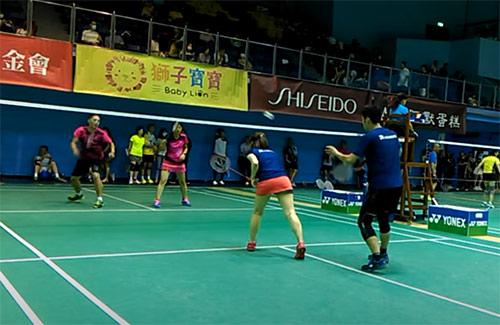 台湾省清晨杯40岁甲组混双,这业余多拍能力很强!