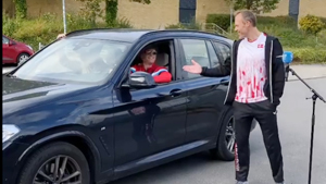 丹麦是怎么做到全员喜剧人的?连教练也不例外!