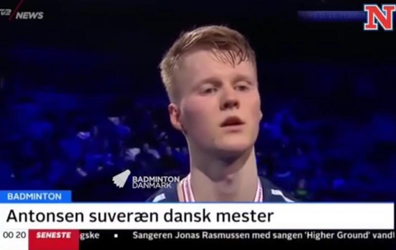 丹麦电视新闻主播毒舌调侃安东森