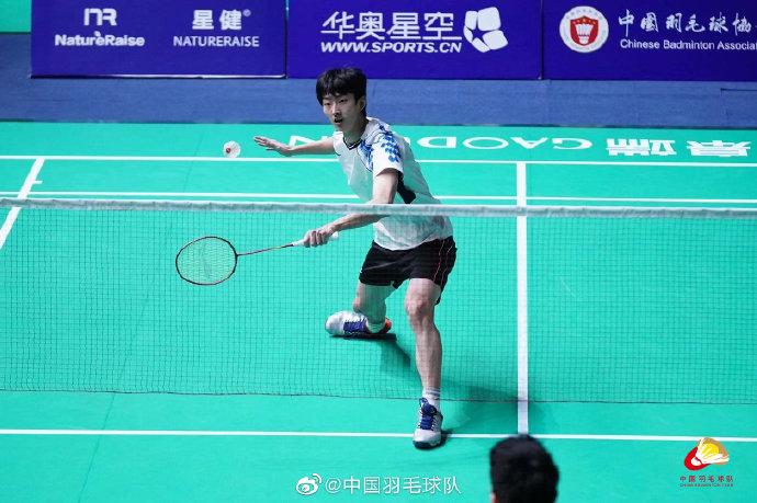 顾俊峰VS吴松健 2021全运会羽毛球 男单1/16决赛视频