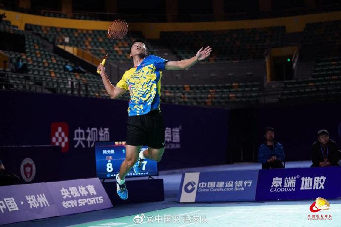 陆光祖VS顾俊峰 2021全运会羽毛球 男单1/4决赛视频