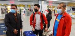 印尼队乘机着陆遇惊险 飞机绕行安全抵达芬兰
