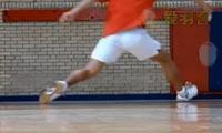 羽毛球步法:启动
