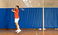 羽毛球步法:拦截跳步