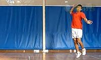 羽毛球步法:后场头顶球步法