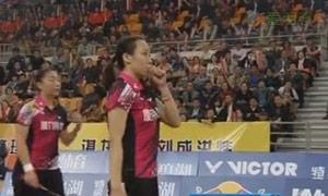 赵芸蕾/王晓理VS骆赢/骆羽 2015中国羽超联赛 女双资格赛视频