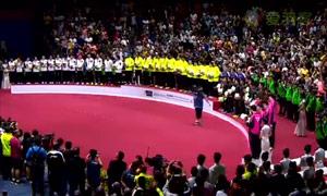 苏迪曼杯颁奖仪式  国羽六连冠如愿捧杯