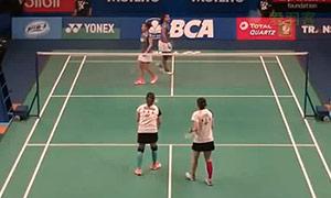 尼蒂娅/波莉VS李意恒/奥巴娜娜 2015印尼公开赛 女双1/16决赛视频