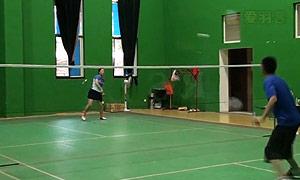 吊球、挑球的训练方法