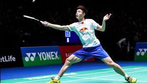 石宇奇VS周天成 2017世界羽联总决赛 男单小组赛视频