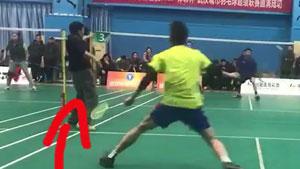 哈哈哈!这才是抱大腿打球的正确姿势!