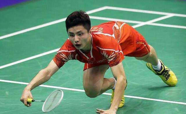石宇奇VS林丹 2018羽毛球世锦赛 男单1/8决赛明仕亚洲官网