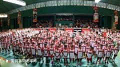 印尼针计俱乐部举行选拔赛,上千小孩报名场面壮观